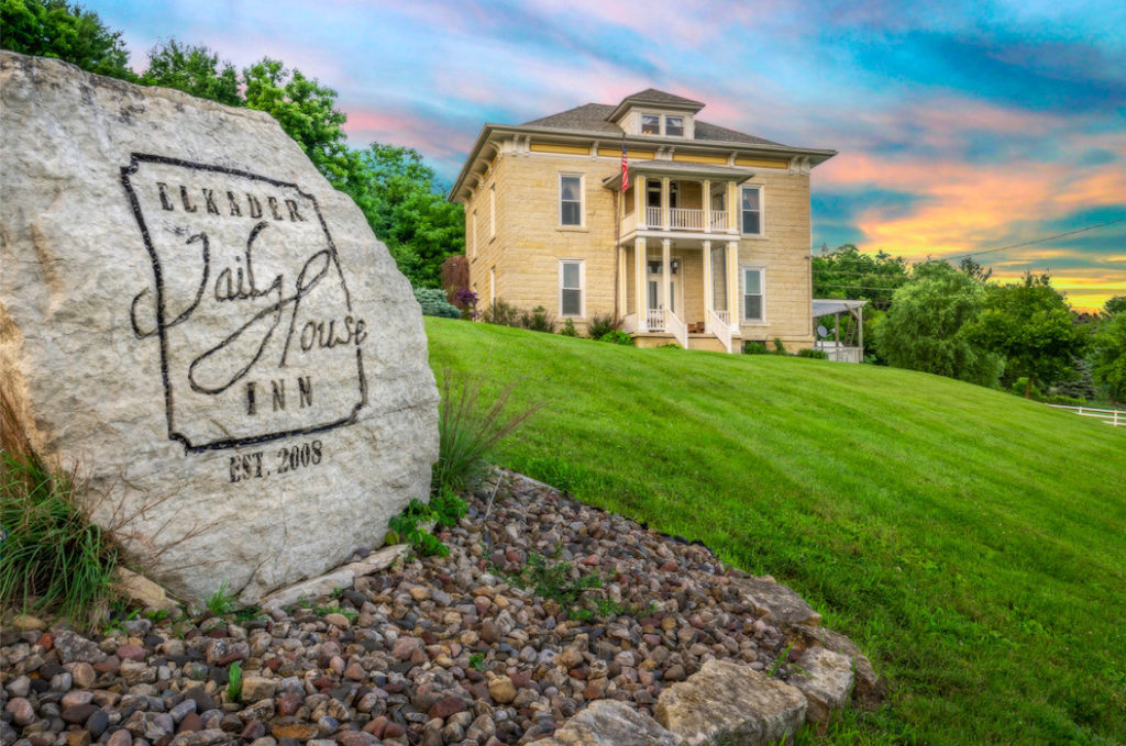 Elkader Jail House Inn
